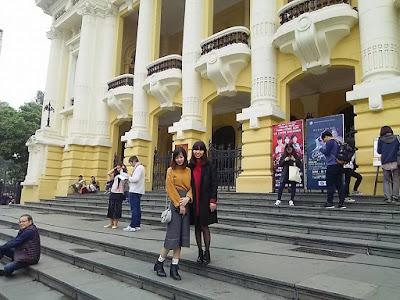 オペラハウスで記念写真