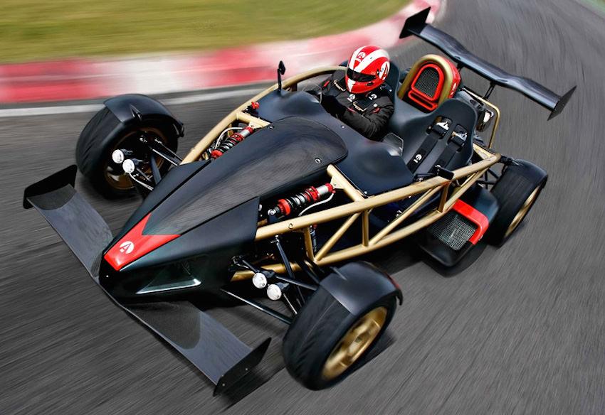 世界最速の車 「アリエル·アトムV8」