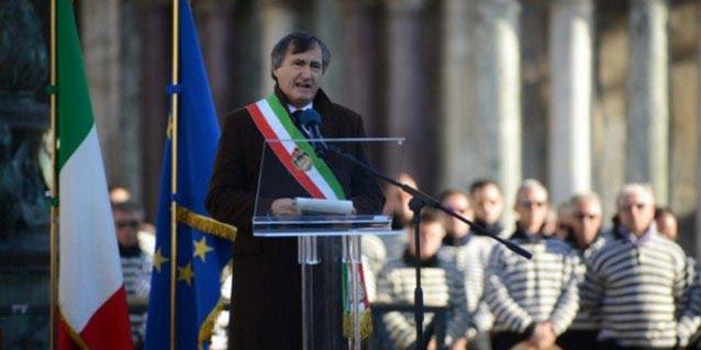 Benci Islam, Wali Kota Venesia Perintahkan Tembak Mati Siapa yang Teriak Allahu Akbar