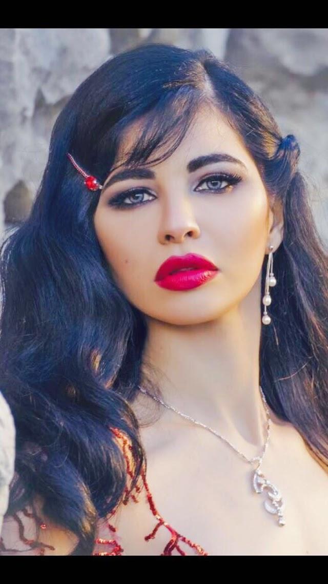 ياسمين نيار ومشروع مع محمد إمام