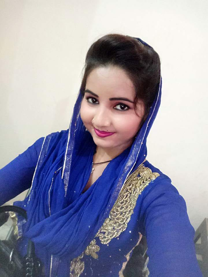 Sunita Baby (Dancer) HD Photos & Pictures In Blue Dress