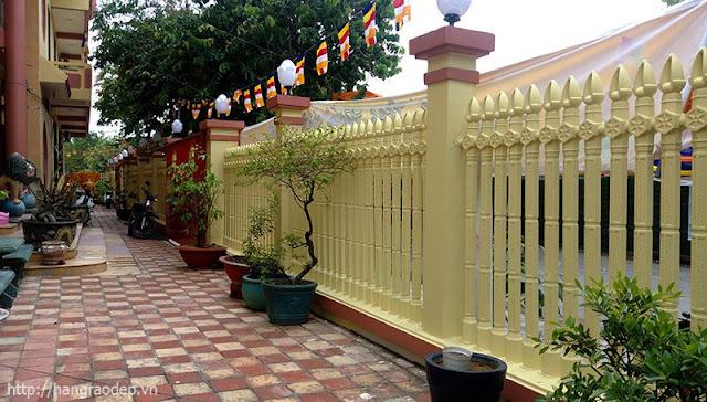 Hàng rào bê tông cho biệt thự đẹp