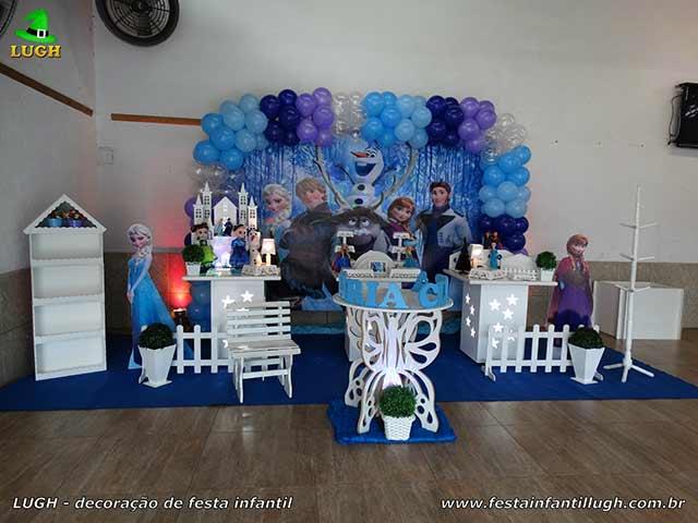 Decoração de mesa temática Frozen para aniversário infantil - Barra - Rj