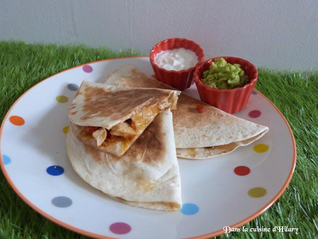 Quesadillas poivrons, poulet, cheddar et son guacamole
