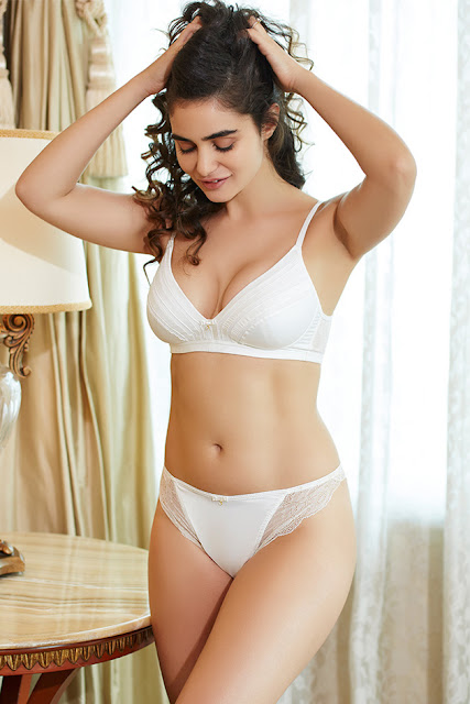 gabriella demetriades latest bikini photos