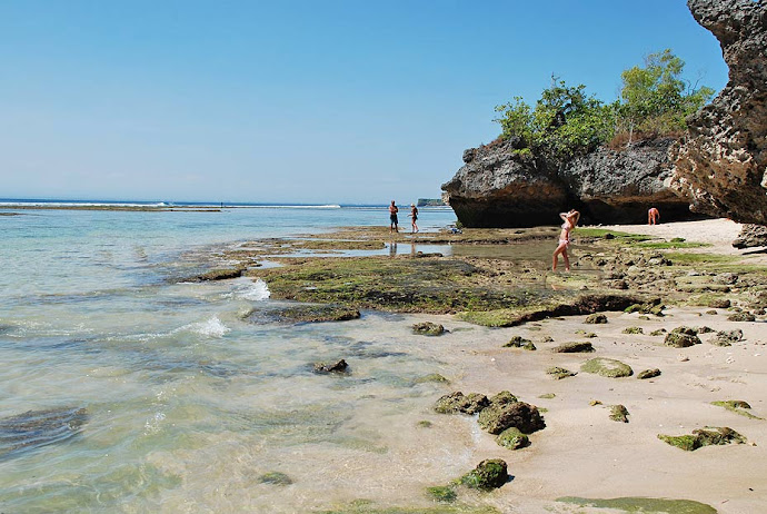 Rocas junto al mar