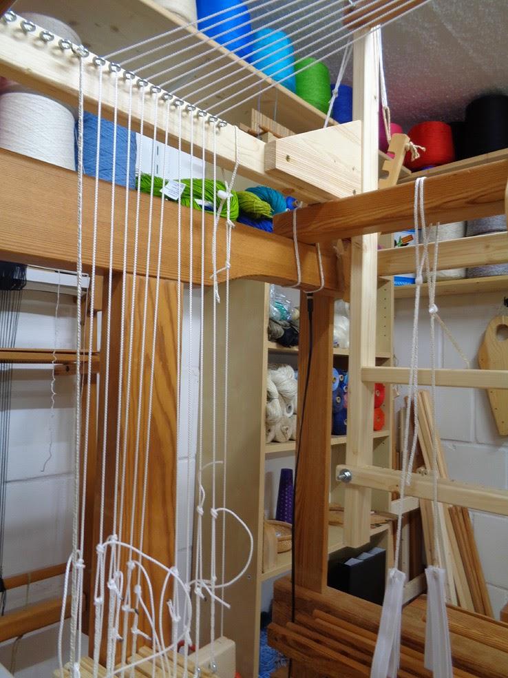 strick 17 damastweben 2 einrichten des webstuhls. Black Bedroom Furniture Sets. Home Design Ideas