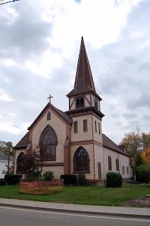Franklin United Methodist Church, 82 West Central St