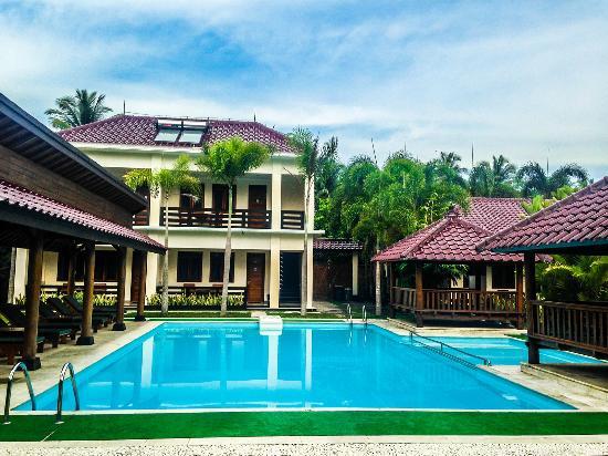 Sunrise Resort Batukaras