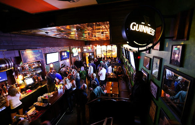 Rock & Reilly's Irish Pub em Los Angeles