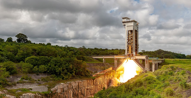 Hot firing of P120C solid rocket motor for Vega-C. Credit: ESA/CNES