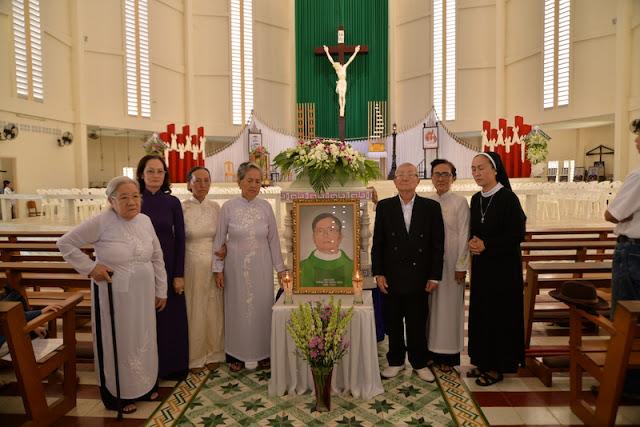 Thánh Lễ an táng Cha Phêrô Bùi Thanh Xuân - Gp Vĩnh Long - Ảnh minh hoạ 2