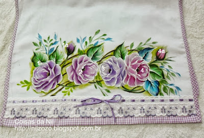 pintura em tecido pano de copa rosas lilases com passo a passo