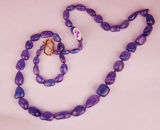 Blue/purple random shaped tanzanite beads
