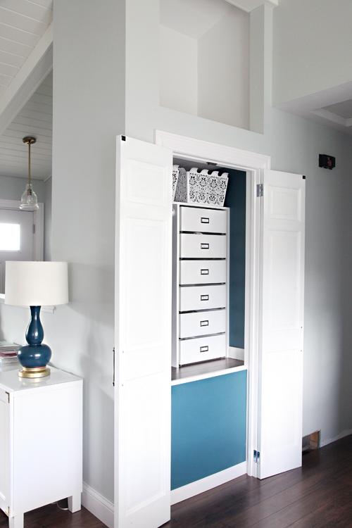 Iheart Organizing Closing Off The Coat Closet From Bi Fold Door To Hinged Swing Door