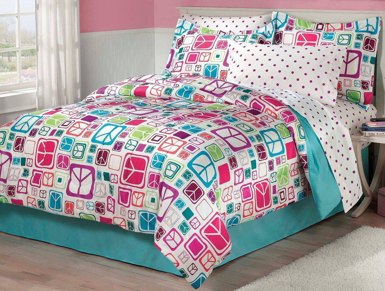 Tween Bedding for Girls' Rooms