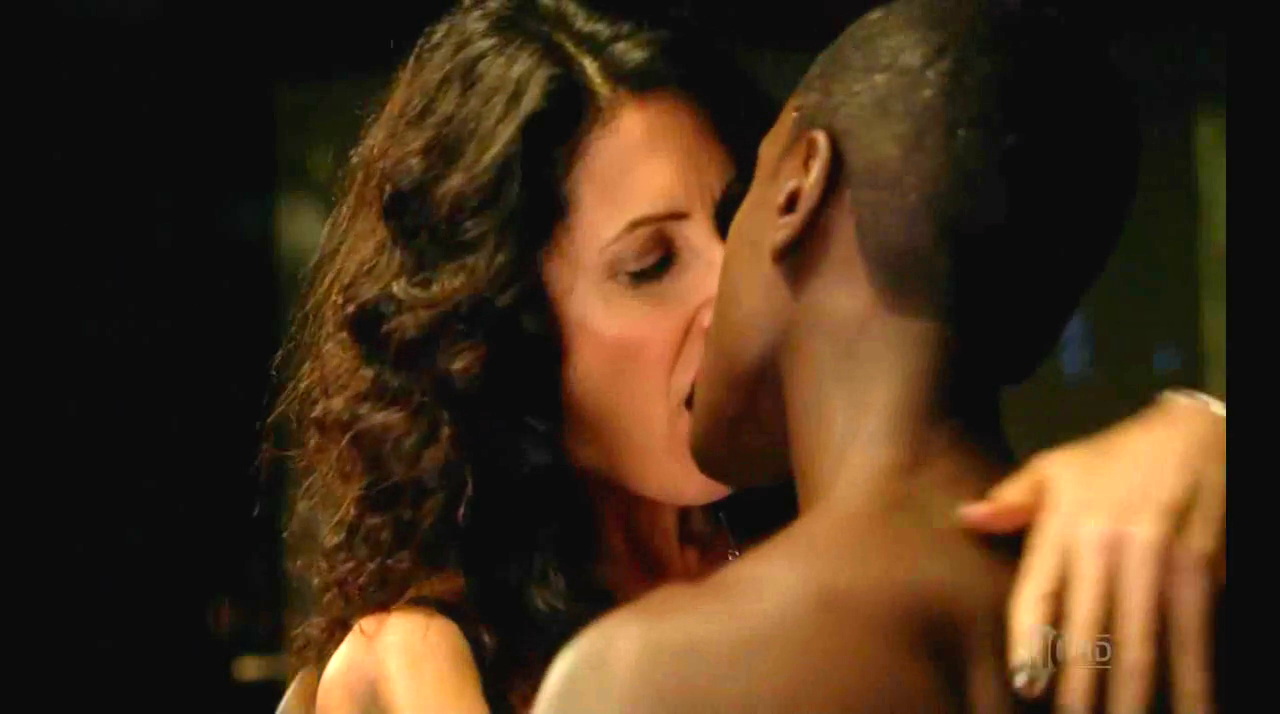 Lisa Edelstein House SexyHot Scene With Her Husband
