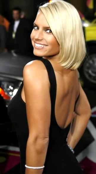 Foto de Jessica Simpson con cabello corto