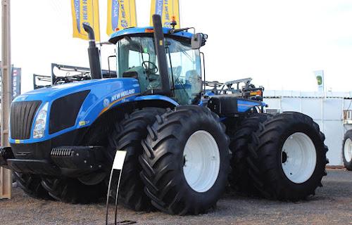 Maior trator do Brasil - New Holland T9