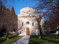 Župna crkva Očišćenja BDM, Dol, otok Brač slike
