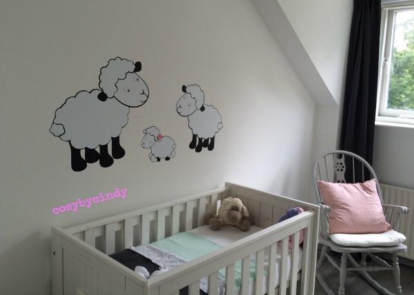 Baby Behang Schaapjes.Muurstickers Babykamer Schaap Cartoonbox Info