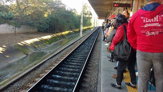 Trem da CPTM quebra na Estação Jaraguá e para a Linha 7