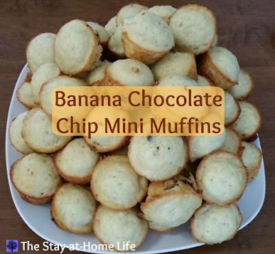 banana, chocolate chip, banana chocolate chip, banana chocolate chip muffins, banana chocolate chip mini muffins