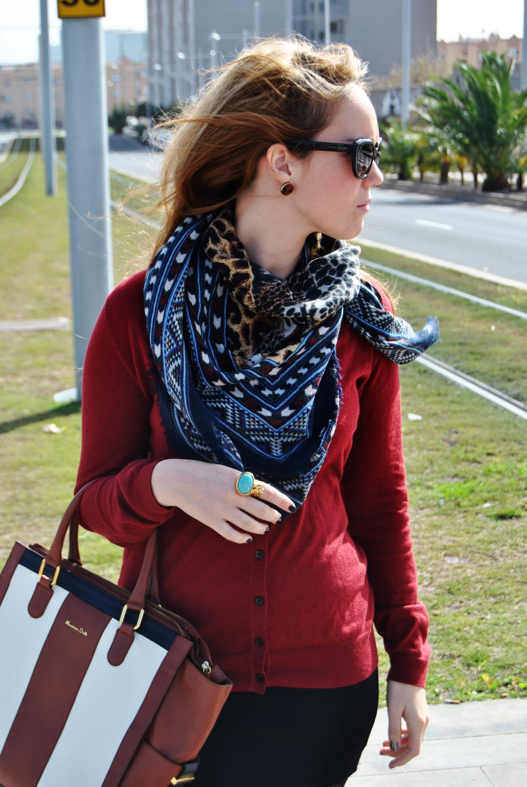 scarf, nery hdez, bussines look,