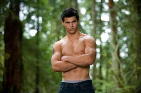 taylor lautner si unisce al cast di scream queens per la stagione 2