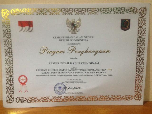 Pemkab Sinjai Raih Penghargaan Kinerja LPPD Bintang Tiga