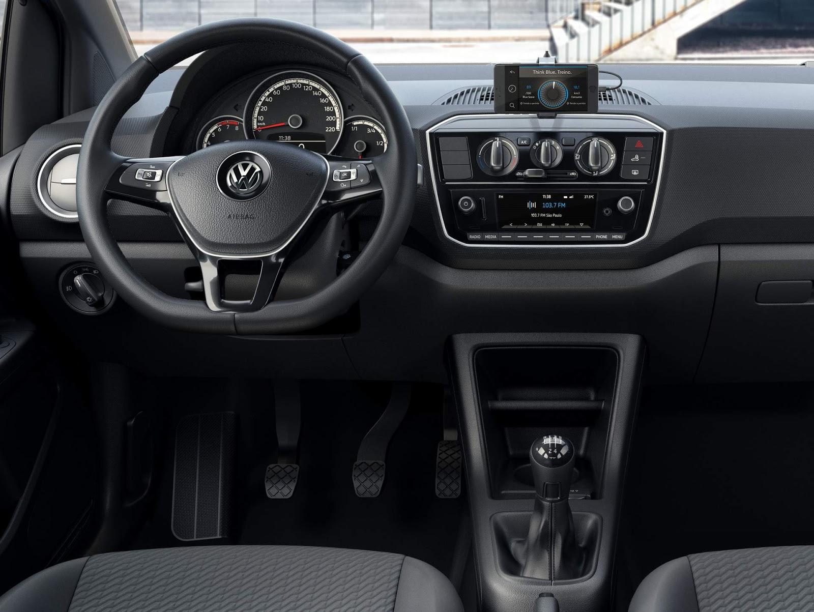 Novo volkswagen up 2018 fotos e detalhes oficiais for B b interno 8