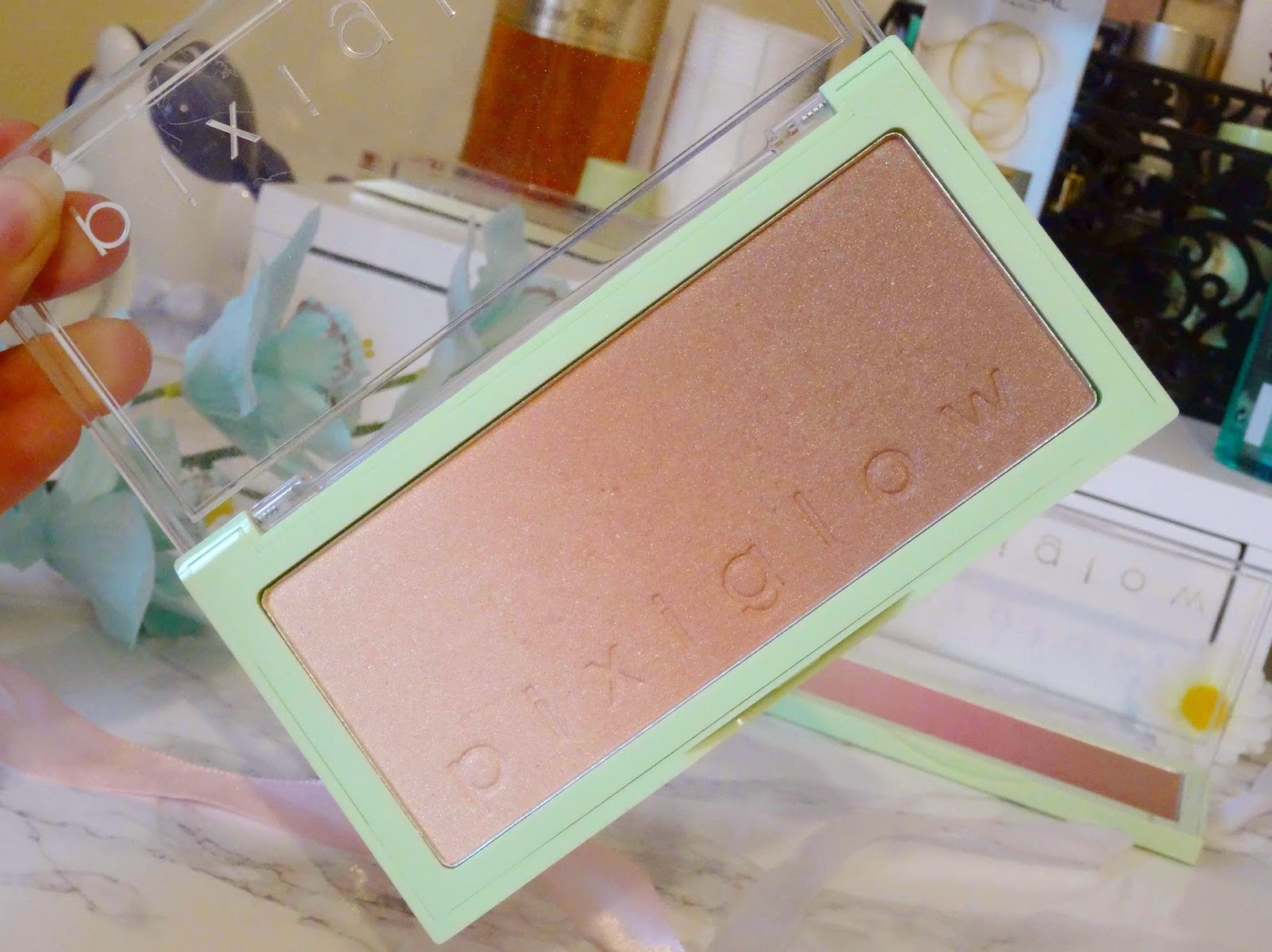 Pixi Glow Cakes in GildedBare Glow Review