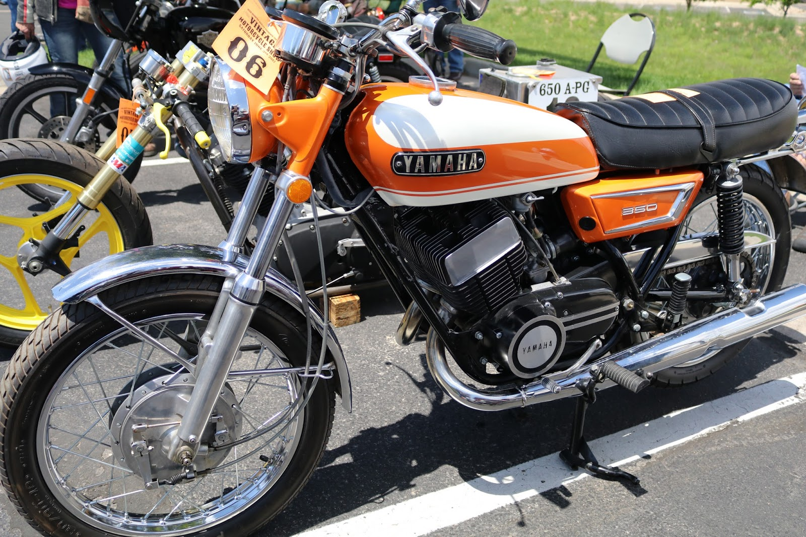 small resolution of 1972 yamaha r5 on display at the 2017 vintage motorcycle show frederick co