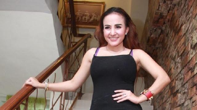 Cynthiara Alona bugil