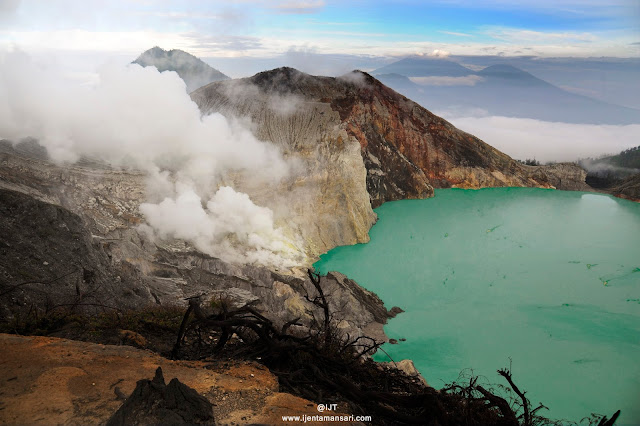 """Ijen Crater Morning Tour, visit to Ijen Crater Banyuwangi which we know is """"Kawah Ijen"""", at the time morning day visit to ijen crater volcano east java, it's good time to see the beauty of the lake, active volcano of Ijen crater and see direct traditional miners work every day in the ijen take the sulfur from crater, for by the tourist travel to ijen crater volcano, we offer tour services is ijen crater from bali, ijen crater  from Surabaya, ijen crater  from banyuwangi, beside in morning day the ijen itself has beauty of the lake, is also in the night day (ijen night tour), the ijen crater itself has uniqueness of  blue fire ( blue flame),  in Indonesia mention it (api biru ) which is because the outburst gas from active volcano Ijen sulphur containing methane gas, so it produces blue fire, and the occurrence of blue fire ijen only at night day (ijen blue fire tour). Ijen tour price in morning day at the time normaly day is : Rp. 525.000/person. At the time is weekend the price is differend, ijen crater, ijen crater tours, ijen Tour Package, kawah ijen tours, ijen tour and travel banyuwangi, ijen volcano tour, ijen volcano Indonesia, ijen volcano from banyuwangi, ijen travel, kawah ijen banyuwangi, kawah ijen tour, kawah ijen trip, ijen crater tour, ijen crater blue fire, ijen crater guesthouse, ijen crater tour from banyuwangi, ijen crater tour bali, ijen crater tour price, ijen crater night tour, kawah ijen night, ijen blue fire, bluefire ijen crater, blue fire ijen tour , blue fire kawah ijen, ijen blue flame tour, blue flame gunung ijen, blue flame sulphur ijen, blue flame gunung ijen, blue flame kawah ijen volcano."""