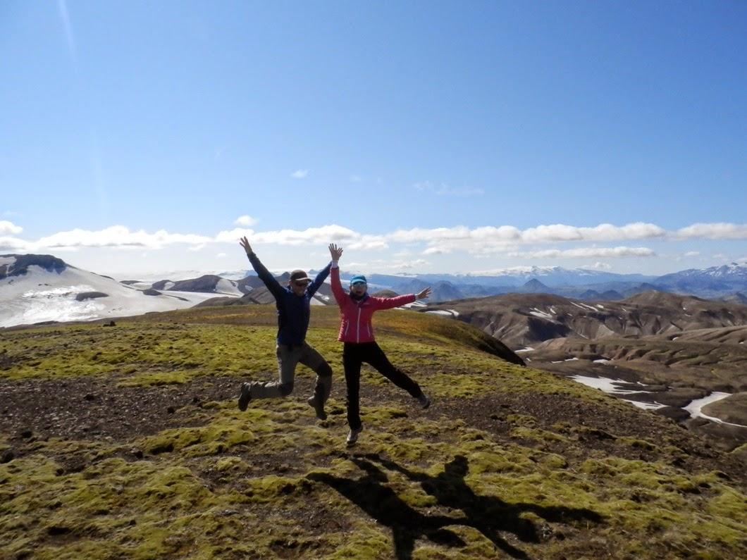 Tocando-cielo-en-la-cumbre-Reykjafjöll