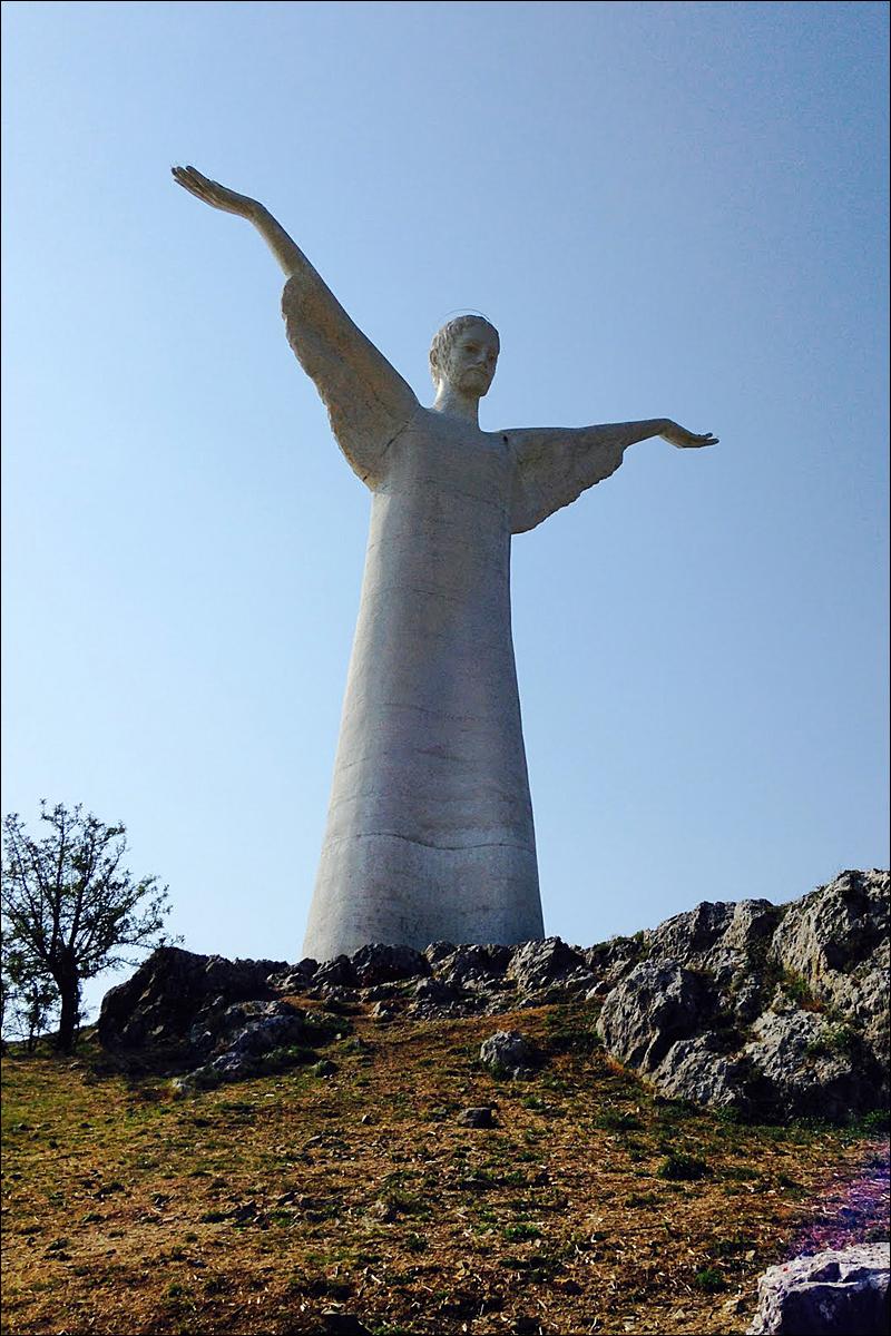 Il Regno: Photo of the Week: Cristo Redentore di Maratea