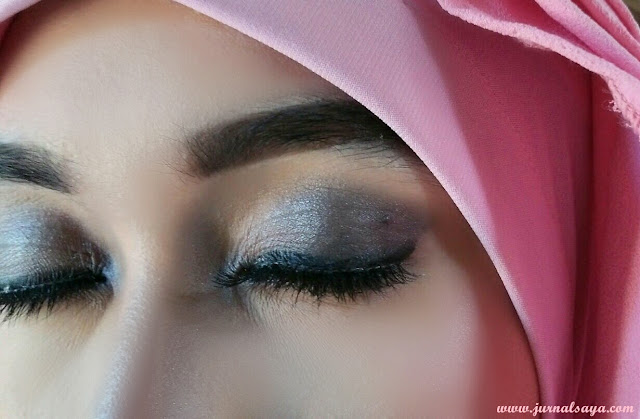 riasan smokey eyes
