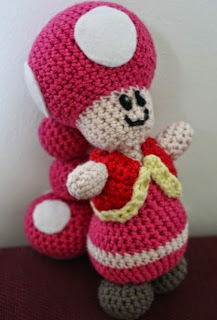 http://translate.googleusercontent.com/translate_c?depth=1&hl=es&rurl=translate.google.es&sl=no&tl=es&u=http://amigurumi.blogg.no/1279274725_toadette__vanskelig.html&usg=ALkJrhhkNyfCor4S7mINbG4pjE5jwt-oXg