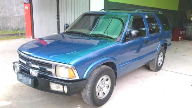 Opel Blazer mata belo