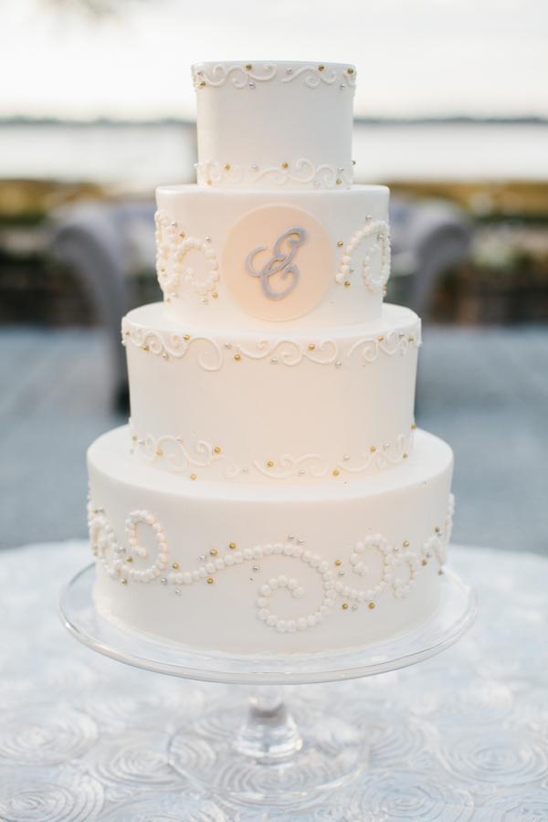 shabby+chic+wedding+spring+summer+pastel+champagne+pink+black+white+bride+groom+bouquet+ceremony+centerpiece+floral+flower+bridesmaid+dresses+dress+riverland+studios+13 - Charleston Pastel