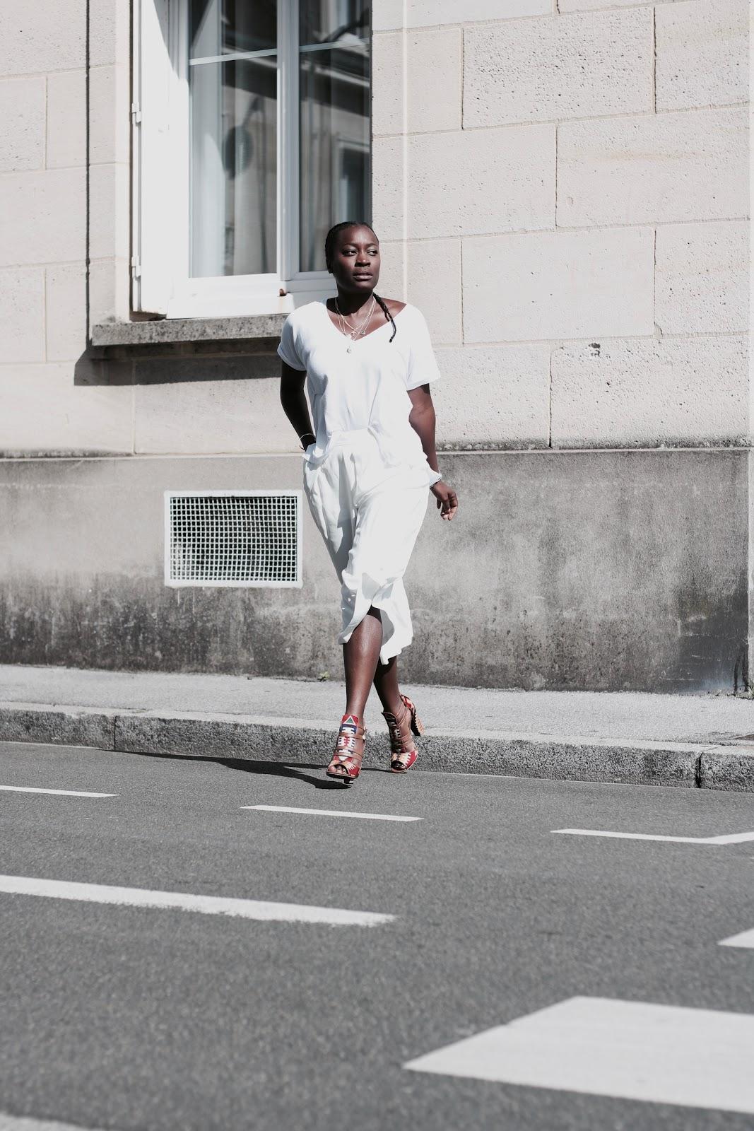 jupe-culotte-tee-shirt-blanc