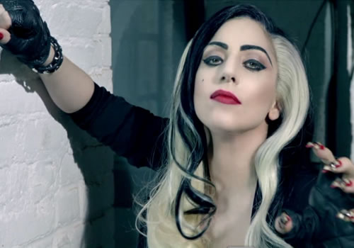 Lady Gaga é estrela do novo comercial do Google Chrome