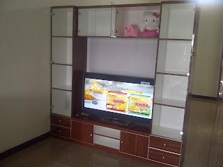Lemari tv