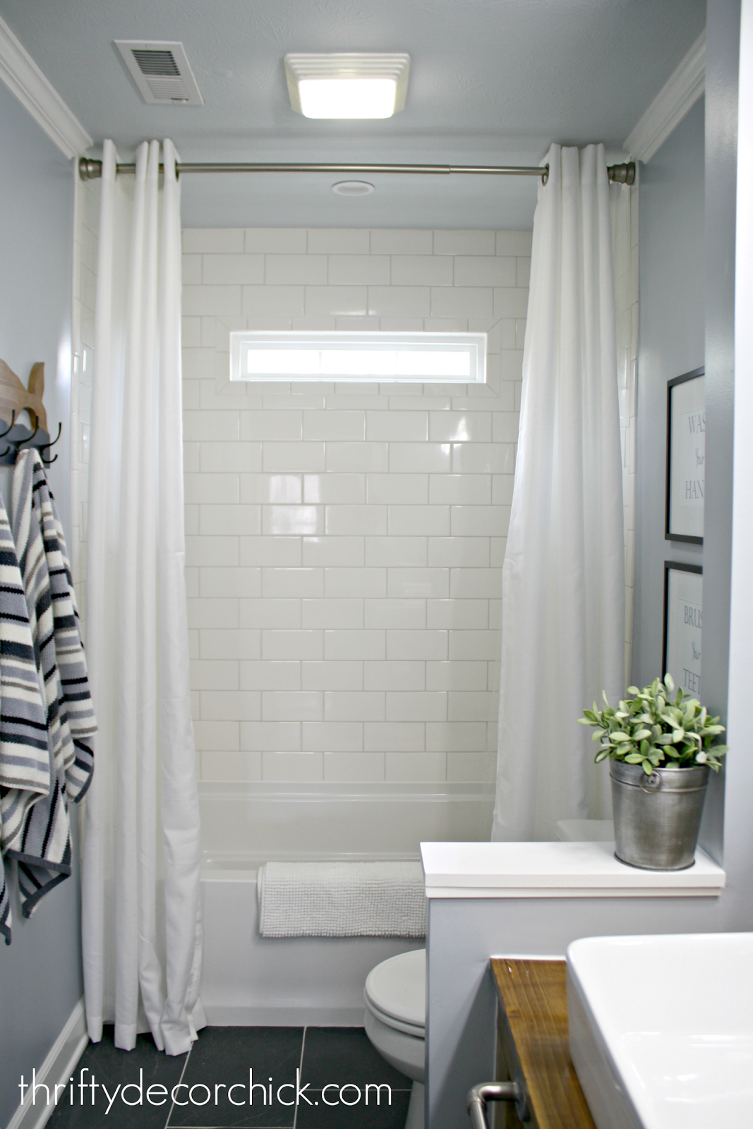 Awesome Drop in tub with subway tile