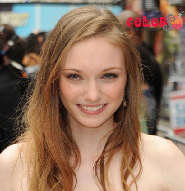 English Actress Eleanor Tomlinson  Hot Site-5144