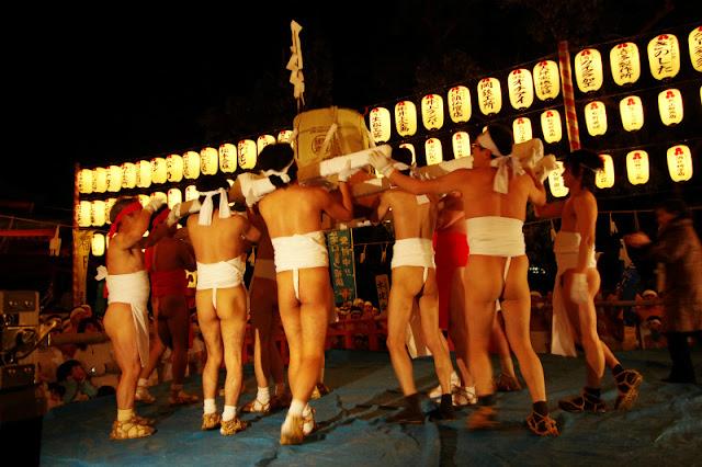 Ofuro-san Matsuri (Spring Festival), Okawa City, Fukuoka Pref.