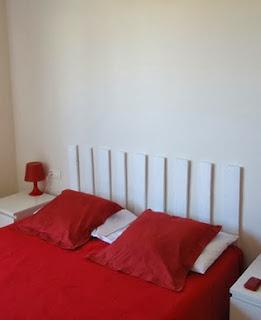 http://ba2proyectos.com/2012/06/cabecero-con-un-pale/