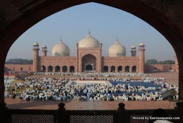Masjid Badshahi