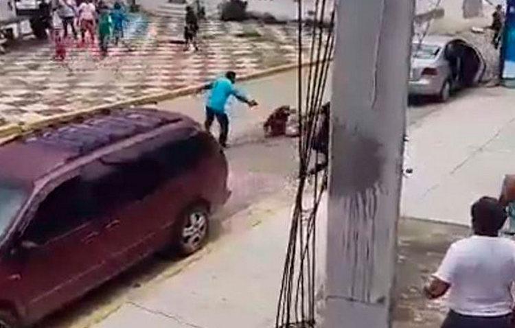 VIDEO: Captan en video el asesinato del priista Juan Valadez en Acapulco